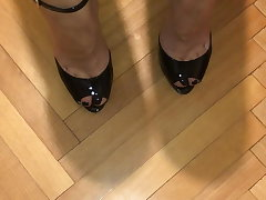 Cum on feet in high heels