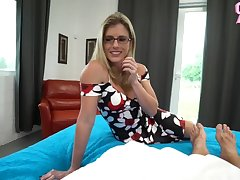 FUCKING THE STEPMOM AGAIN SHES HORNY